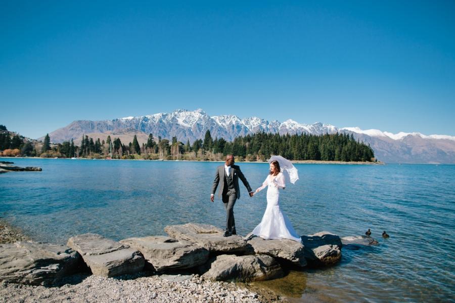 Lizzy & Jason's Queenstown Helicopter Elopement Wedding | Queenstown ...