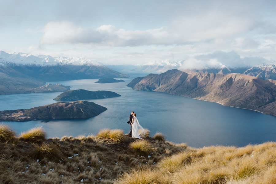Melissa and Tyler up on the stunning Coromandel Peak with photography by Alpine Image Company